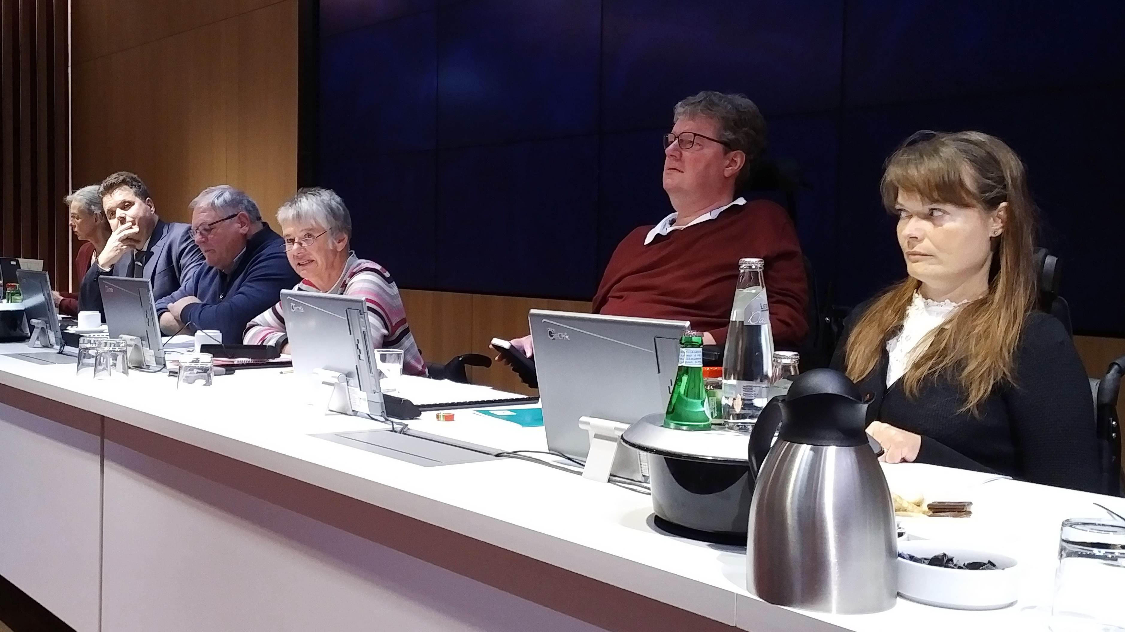 FbJJ auf dem Podium v.l.n.r. Jürgen Dusel (Gast) , Horst Frehe, Sigi Arnade (Moderation), Carl-Wilhelm Rößler, Nancy Poser (c) ISL e.V.